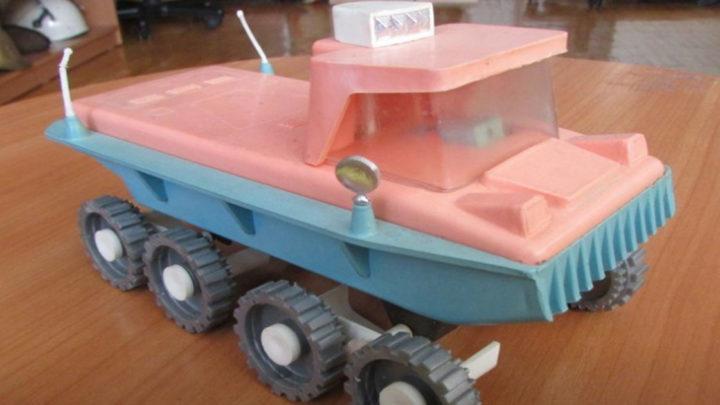 Назад в детство: игрушки времен СССР, о существовании которых современные дети могут не знать