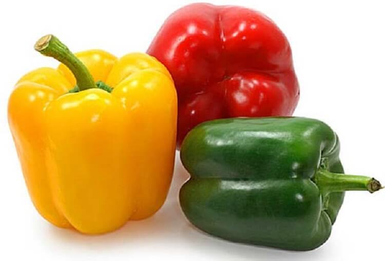 Основные различия между зеленым, красным и желтым перцем, которые мы должны учитывать при приготовлении пищи