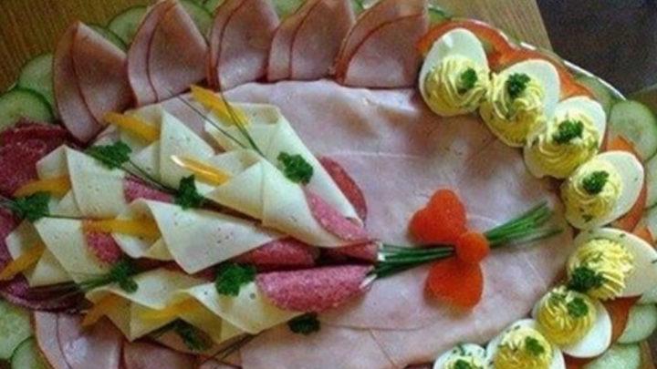 23 оригинальных идеи для украшения праздничных блюд.